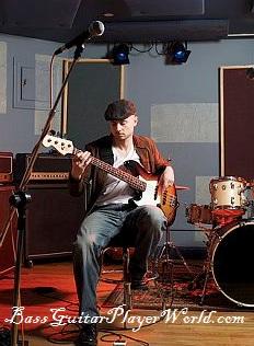 desolate bassist